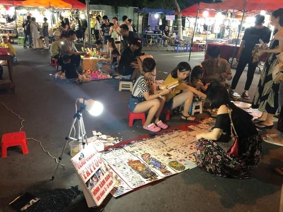 Kinh tế ban đêm - Bài 4: 'Bắt' khách đi ngủ sớm – Điểm yếu của du lịch Việt ảnh 2