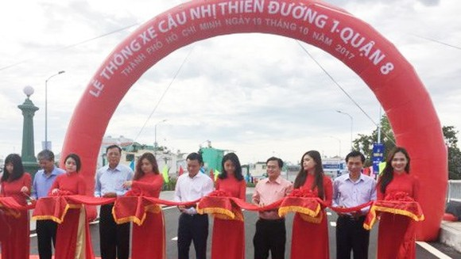 Nhi Thien Duong Bridge 1 opens. (Photo: Sggp)