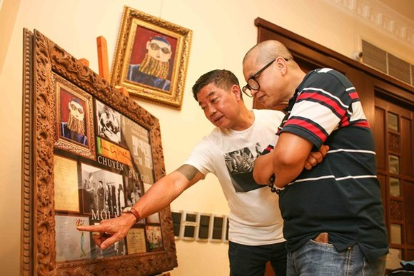 Works of late painter Luu Cong Nhan are displayed at Duc Minh art gallery in Ho Chi Minh City.