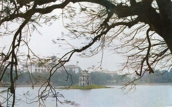 Ho Guom (Sword Lake) in Hanoi