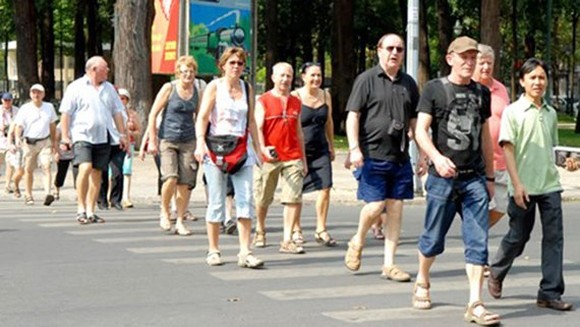 Foreign tourists visit HCMC. (Photo; Sggp)