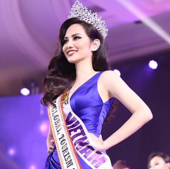 "Nguyen Dieu Linh wins ""Miss Global Tourism"" title"