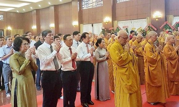 The 55th commemorating ceremony of Bodhisattva Thich Quang Duc's self-immolation is held at the Viet Nam Quoc Tu Pagoda in HCMC. (Photo: sggp)