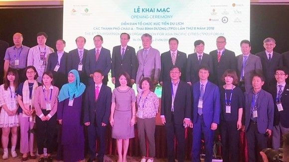 The 8th Tourism Promotion Organization for Asian-Pacific Cities (TPO) Forum opens in HCMC. (Photo: Sggp)