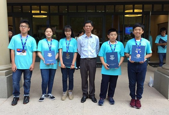 The Vietnamese team at World Mathematical Olympiad 2018