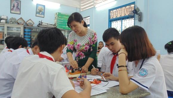 TPHCM: Không được tổ chức lớp chọn đối với học sinh THCS và THPT ảnh 1