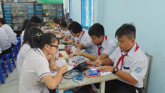 TPHCM: Không được tổ chức lớp chọn đối với học sinh THCS và THPT ảnh 2
