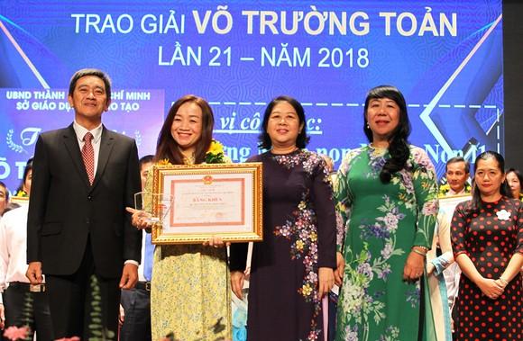 50 nhà giáo tiêu biểu của TPHCM được vinh danh Giải thưởng Võ Trường Toản ảnh 5