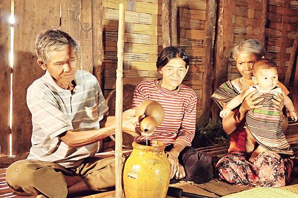 Sắc màu văn hóa Nam Tây Nguyên ảnh 3