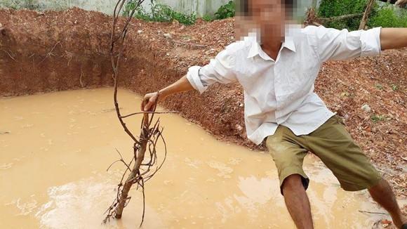 2 em nhỏ bị tử vong dưới hố nước tại Hà Tĩnh ảnh 1