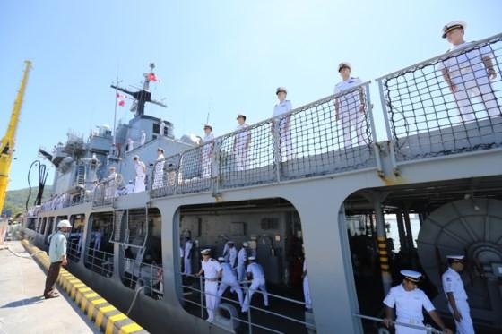 RoK's naval ships arrive in Da Nang city  ảnh 2