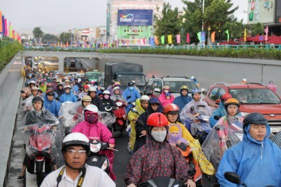 Da Nang opens to traffic for Dien Bien Phu- Nguyen Tri Phuong tunnel ảnh 3