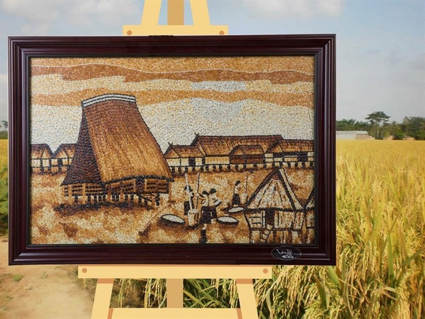 Rice paintings in Kon Tum highlight Central Highlands ảnh 3