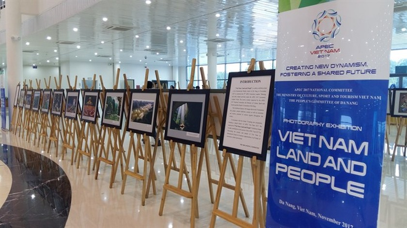 New media centre to cover APEC Summit opens ảnh 1