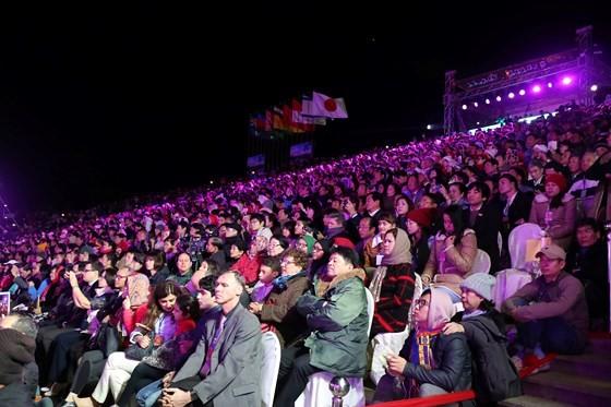 Dat Lat Flower Festival opens ảnh 3