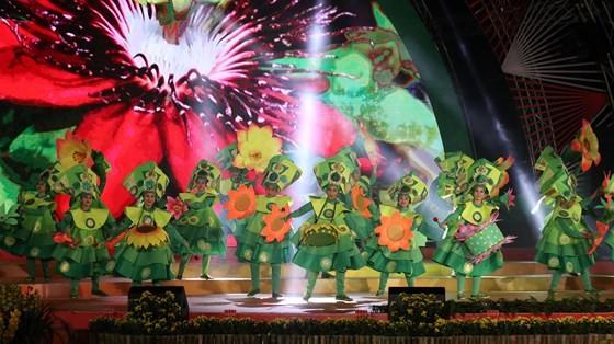 Dat Lat Flower Festival opens ảnh 9
