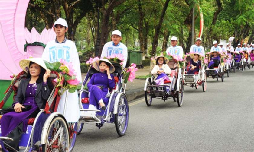 Activities of 7th Hue Craft Village Festival kicked off ảnh 4
