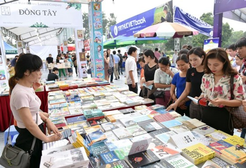 Hanoi Book Fair opens ảnh 1