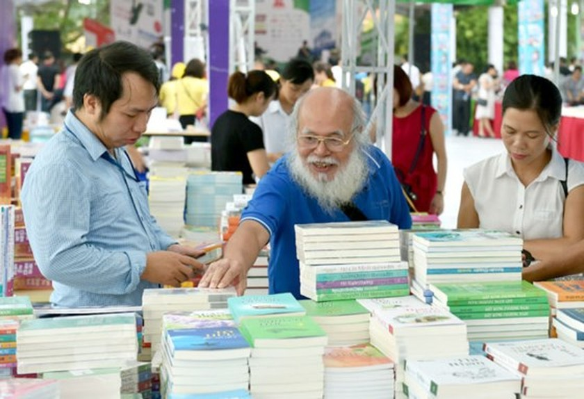 Hanoi Book Fair opens ảnh 3