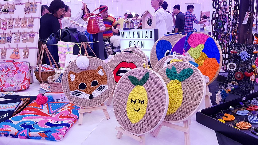 International Charity Bazaar 2018 attracts thousands of visitors ảnh 4