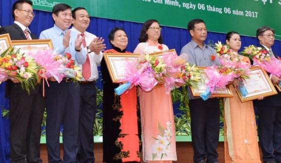 38 mẹ được truy tặng danh hiệu Bà Mẹ Việt Nam anh hùng ảnh 1
