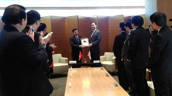 Tăng cường quan hệ hợp tác giữa TPHCM và tỉnh Nagano ảnh 2