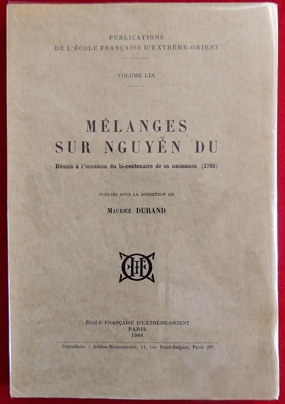 Tiếp nhận bộ sưu tập sách về Nguyễn Du và Truyện Kiều ảnh 1