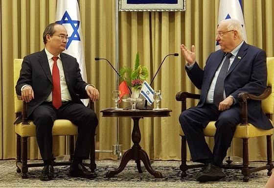 Bí thư Thành ủy TPHCM Nguyễn Thiện Nhân hội kiến Tổng thống Israel Reuven Rivlin ảnh 1