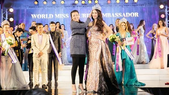 Phan Thị Mơ đăng quang Hoa hậu Đại sứ Du lịch Thế giới 2018 ảnh 2
