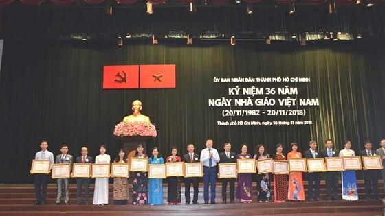 TPHCM: Kỷ niệm 36 năm Ngày Nhà giáo Việt Nam ảnh 2