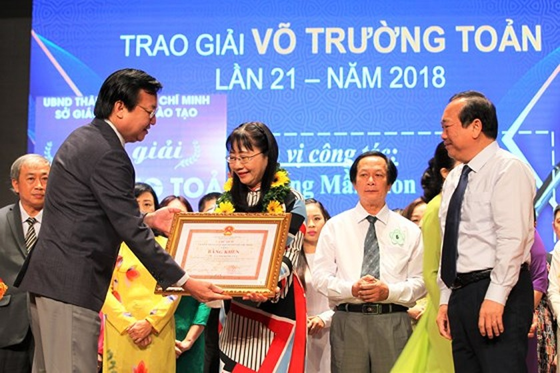 50 nhà giáo tiêu biểu của TPHCM được vinh danh Giải thưởng Võ Trường Toản ảnh 2