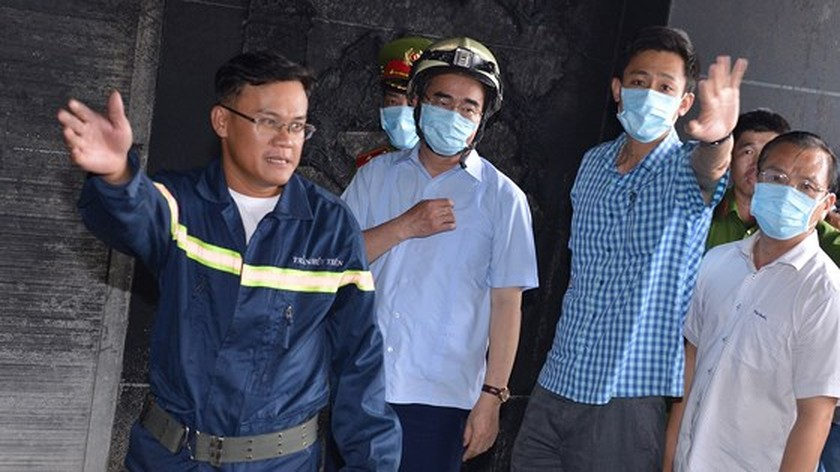 HCMC Party Chief Nhan directs to review firefighting task in condominium ảnh 5