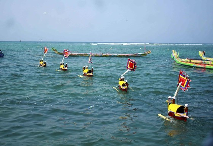 Soldiers of ancient Hoang Sa Flotilla commemorated in Quang Ngai ảnh 6