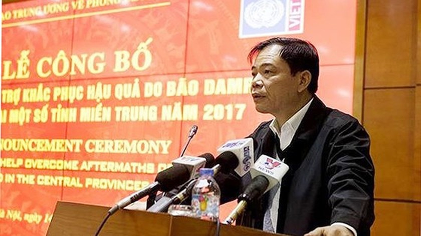 VN calls on worldwide supports to overcome consequence after typhoon Damrey ảnh 1