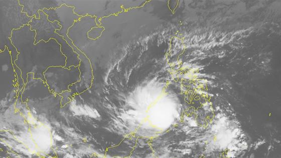Typhoon Tembin to enter East Sea tonight ảnh 1