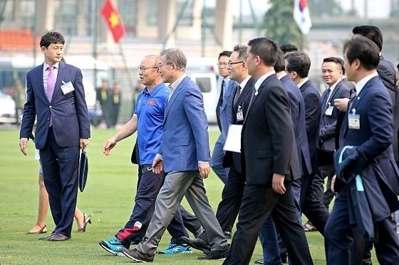 VN-RoK strengthen football development cooperation  ảnh 5