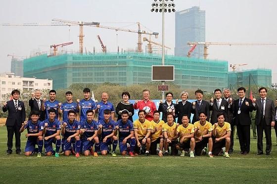 VN-RoK strengthen football development cooperation  ảnh 3