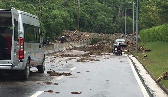 Deadly flooding downpour hits Nha Trang ảnh 2