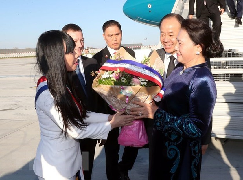 NA Chairwoman Nguyen Thi Kim Ngan begins official visit to France ảnh 1