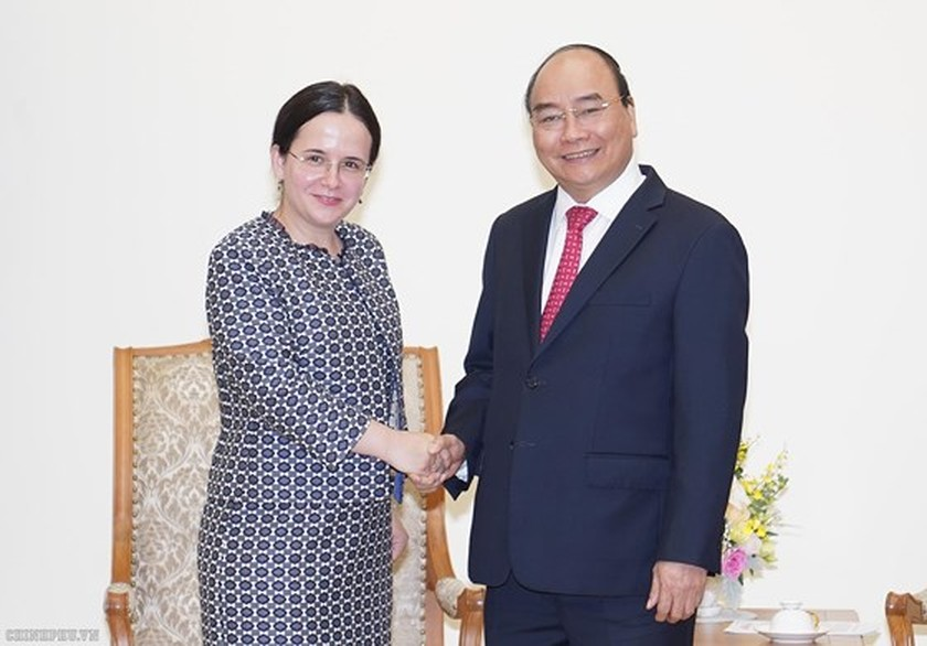 Vietnam wants to boost cooperation with Norway, Romania and Austria ảnh 3