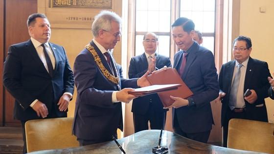 European visit draws future image of HCMC ảnh 5