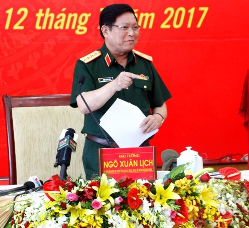 Economic development contributes in fortifying national defense ảnh 1