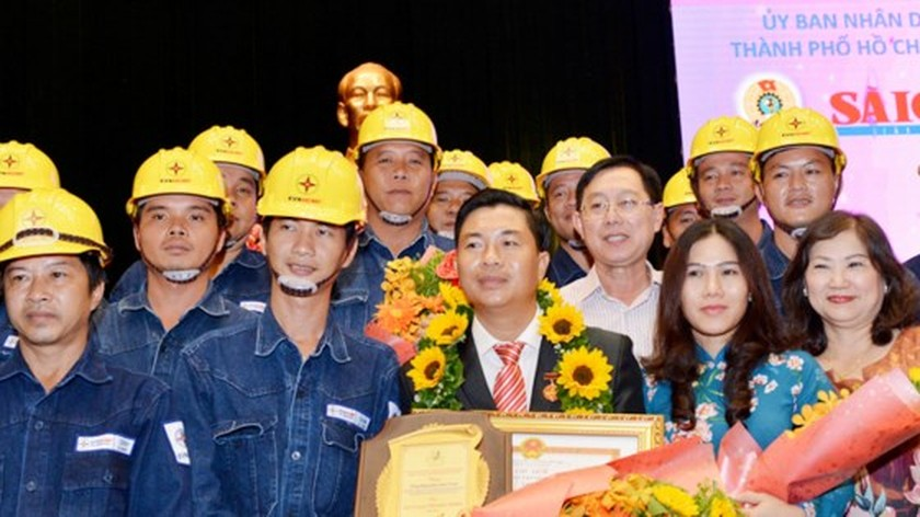 Ton Duc Thang Award honors 10 outstanding workers, engineers in HCMC ảnh 2