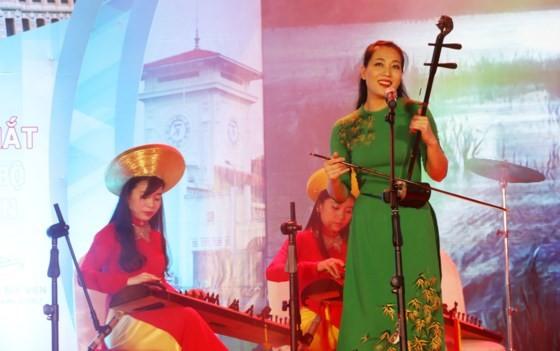 HCMC officially opens Bui Vien walking street ảnh 2
