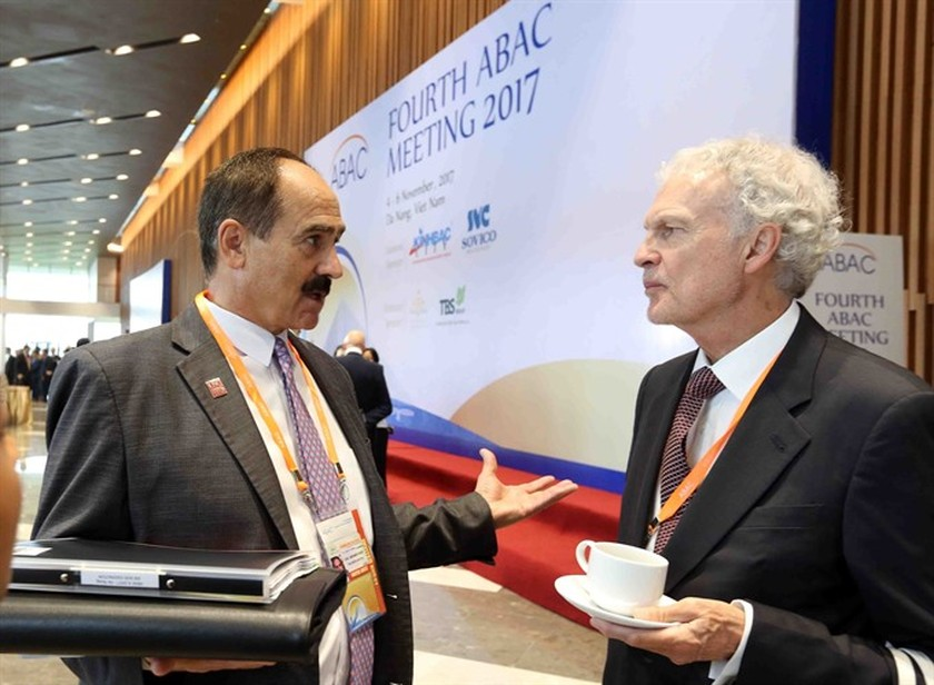 Businesses, APEC leaders to talk ảnh 2