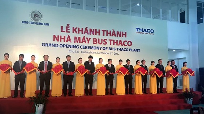 Largest bus plant in Southeast Asia put into operation ảnh 1