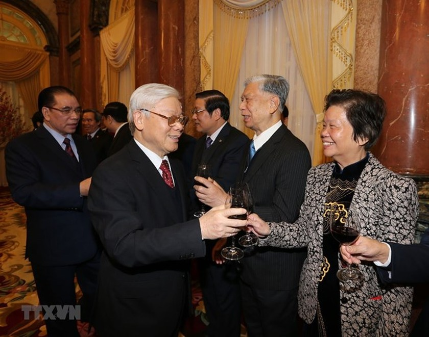 Party chief optimistic about national development in 2018 ảnh 2
