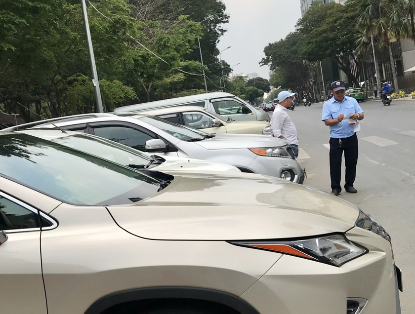 Car parking fee should be increased at suitable level ảnh 2