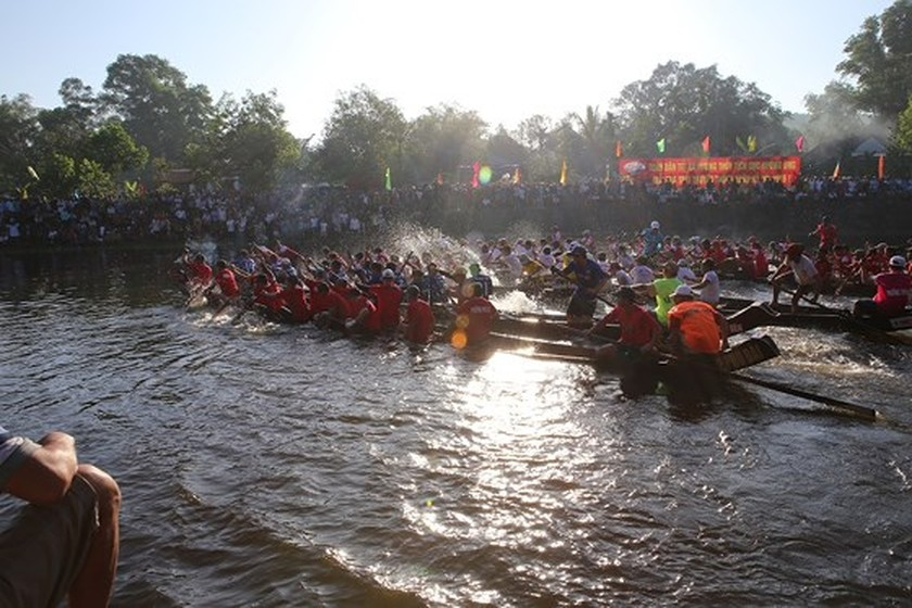 Traditional boat racing festival open in Thua Thien-Hue ảnh 3
