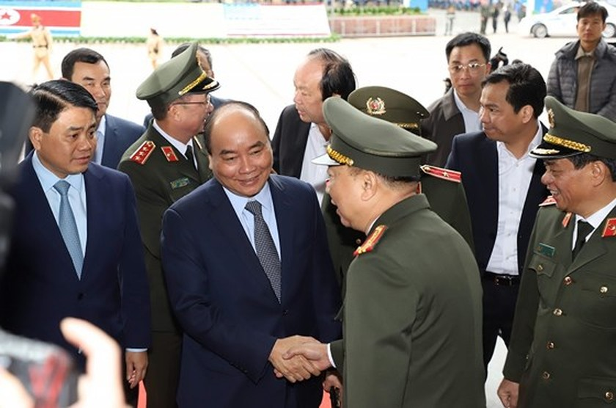 Prime Minister inspects media center serving DPRK-USA Hanoi Summit ảnh 2